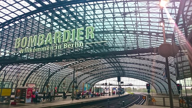 berlin architecture hauptbahnhof the gap year edit. Black Bedroom Furniture Sets. Home Design Ideas